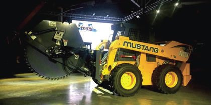 Mustang 4200V powerful skid steer loader